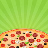 Pizza vicina su su un fondo luminoso Immagine Stock
