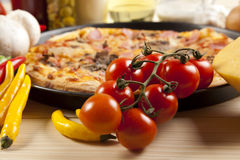 Free Pizza With Mushrooms Royalty Free Stock Image - 9808756
