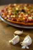 Pizza z czosnkiem Zdjęcie Royalty Free