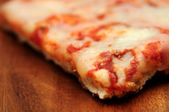 Pizza z mozzarella szczegółem zdjęcia stock