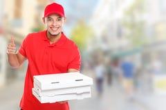 Pizzabotejungenauftrag, der Job liefert, Kopienraum copyspace Stadt des Erfolgs zu liefern erfolgreichen lächelnden stockfotografie