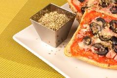 Pizzabröd Arkivfoto