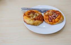 Pizzakleiner kuchen Stockbild