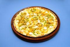 Pizzamozzarella med ervilhahavre- och lökcirklar 2 Arkivbilder