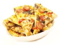 Pizzaschüssel Lizenzfreies Stockfoto