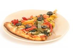 Pizzascheibe mit Gemüse Stockfoto