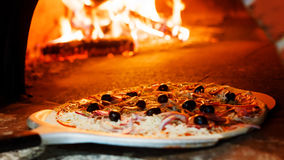 Pizzaugn royaltyfria bilder