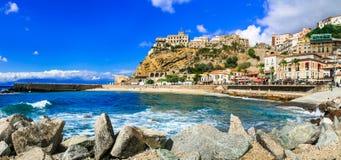 Pizzo Calabro - cidade costeira bonita em Calabria, Italia foto de stock