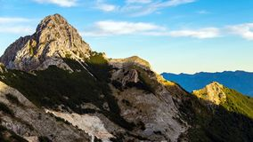 Pizzo d 'Uccello, parque natural dos cumes de Apuan, Toscânia, Itália fotografia de stock royalty free