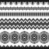 Pizzo d'annata nero su un fondo bianco illustrazione vettoriale