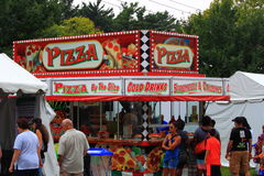 Pizzy jedzenia stojak Zdjęcia Royalty Free