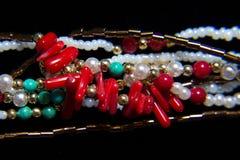 Plástico multicolor étnico del collar Fotos de archivo