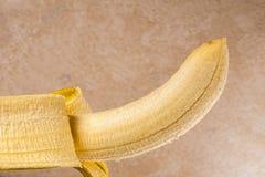 Plátano amarillo fresco, pealed Fotografía de archivo