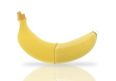 Plátano y preservativo Imágenes de archivo libres de regalías