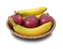 Plátanos y manzanas. Imagen de archivo libre de regalías