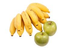 Plátanos y manzanas Fotos de archivo libres de regalías