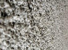 Plâtre blanc rugueux brut sur un mur photo libre de droits