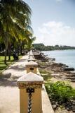 Plâtre et barrière Along St Croix Waterfront de chaîne photographie stock libre de droits