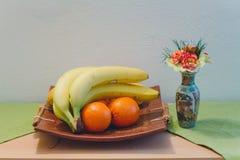 Plätera av frukt Royaltyfri Bild