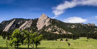 Plätteisenfelsformationen in Boulder stockbild