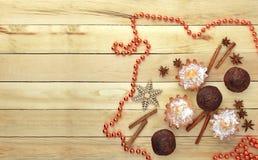 Plätzchen mit Zuckerglasur Weihnachtsneues Jahr-Karte Lizenzfreie Stockfotografie