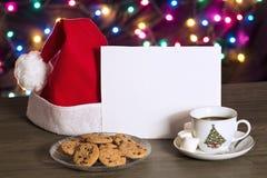 Plätzchen und Kaffee im Weihnachten lizenzfreie stockbilder