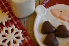 Plätzchen und Milch für Sankt Stockfoto