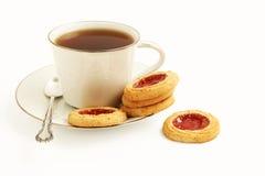 Plätzchen und Tee Stockfotos