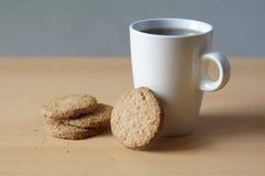 Plätzchen und Tee Lizenzfreies Stockbild