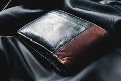 Plånbok för makroaffärsläder Arkivfoton