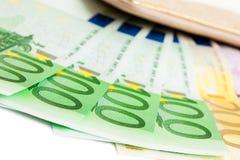 Plånbok med många euro Royaltyfri Bild