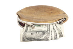 Plånbok med oss sedlar för pengar som hundra isoleras på vitbac Royaltyfri Foto