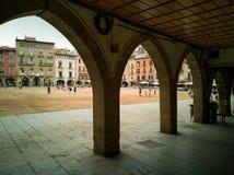 Plaça σημαντικό τετραγωνικό Vic κάτω από τα arcades στοκ φωτογραφία