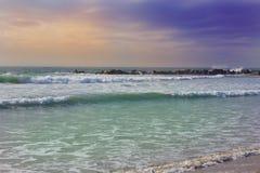 Plaża i ocean fale oceanu plażowych Zdjęcia Royalty Free