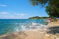 Plaża na Adriatyckim morzu blisko Porec zdjęcie royalty free