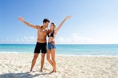 Plaża szczęśliwa para obraz royalty free