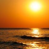 Plaża wschód słońca i ocean Zdjęcie Stock