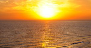 Plaża wschód słońca i ocean Fotografia Royalty Free
