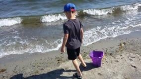Plażowa chłopiec obraz royalty free