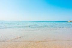 Plażowa i tropikalna denna miękkiej części fala Fotografia Royalty Free
