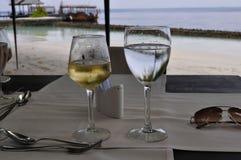 Plażowa restauracja na Maldives wyspy miejscowości nadmorskiej Obraz Stock