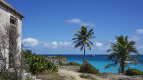 Plażowa ruina obok sen plaży Fotografia Stock