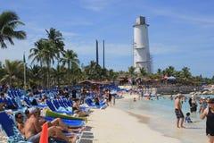 Plażowa scena, Uroczysty pocięgla Cay, Bahamas obrazy royalty free
