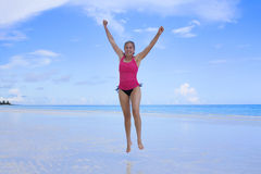 plażowa szczęśliwa zdrowa kobieta Obraz Royalty Free