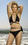plażowego bikini żeński wspaniały model zdjęcie stock