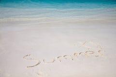 plażowej brzegowej cibory śródziemnomorska piaska kamieni lato kipiel Fotografia Stock