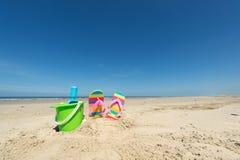 plażowej brzegowej cibory śródziemnomorska piaska kamieni lato kipiel Obrazy Royalty Free