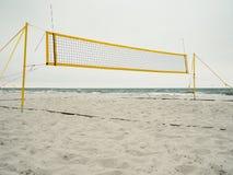 Plażowej siatkówki sąd na plaży fotografia stock