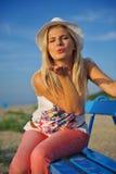 plażowi ładni relaksujący lato kobiety potomstwa Obraz Royalty Free