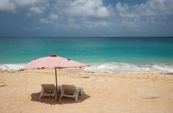 Plażowi loungers przy Baie szminką Zdjęcia Stock
